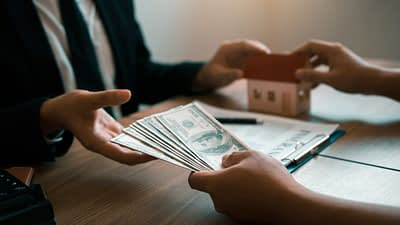 Property mob sells tools and services to real estate investors. Affiliates have the opportunity to earn recurring commissions on subscriptions and a commission on sales.