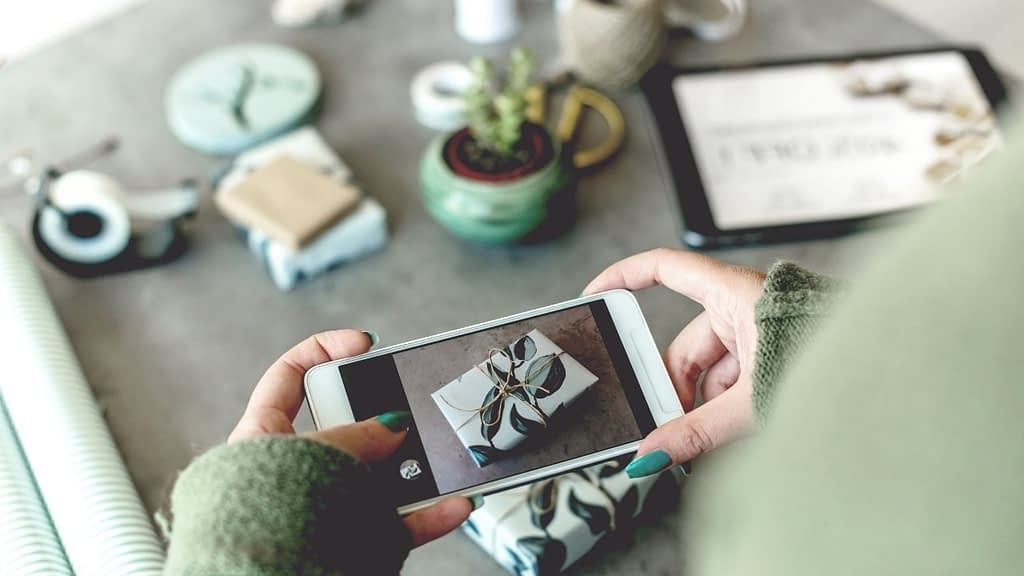These five sites, like Shutterstock, offer royalty-free images for download. They're also completely free and available to the public.