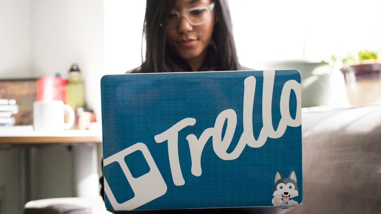 """At this time, there is no known official affiliate program for Trello, but there is a rewards program where users of Trello can earn """"gold"""" for referrals."""