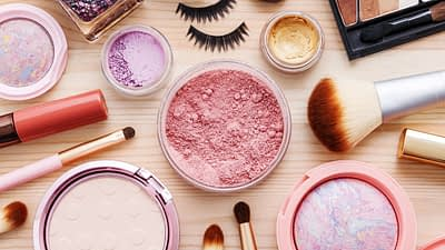 BH Cosmetics, an inc. 500 company, makes great makeup at affordable rates. BH Cosmetics has an affiliate program.