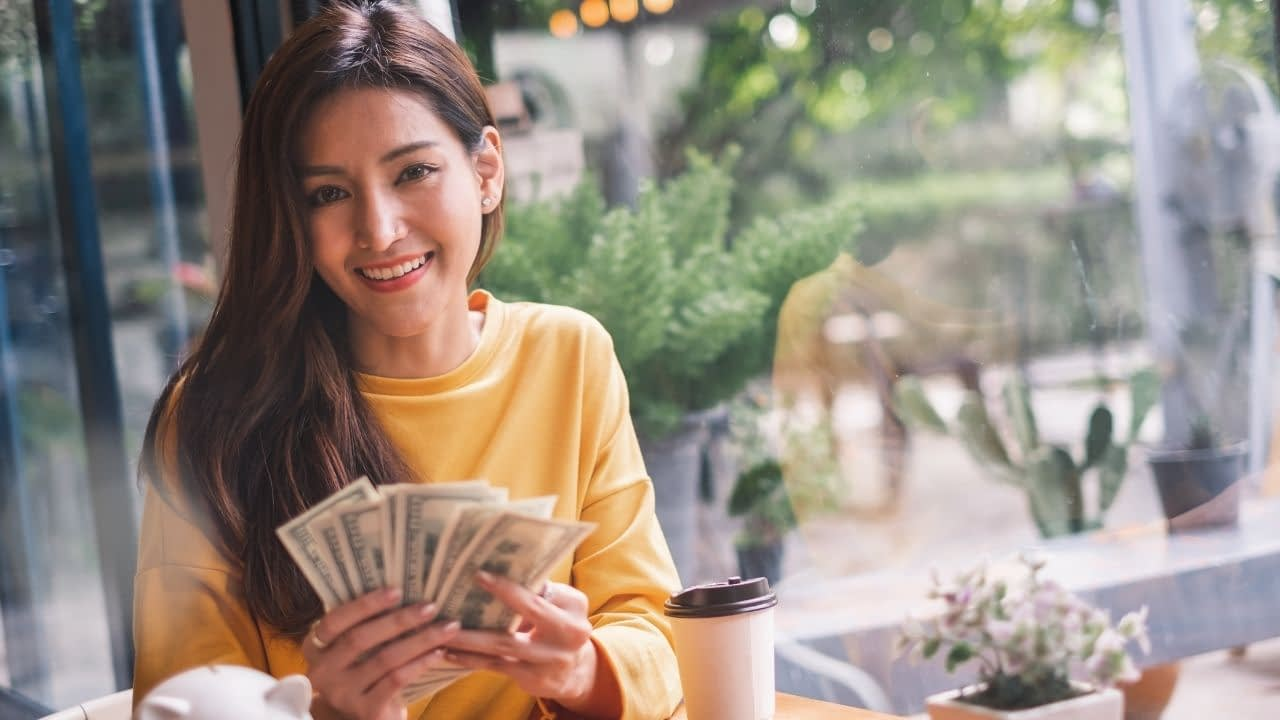 There are lots of companies that offer affiliate marketing options; however, not all of them will be generous with their affiliate commission. Here's a list of high ticket affiliate programs.