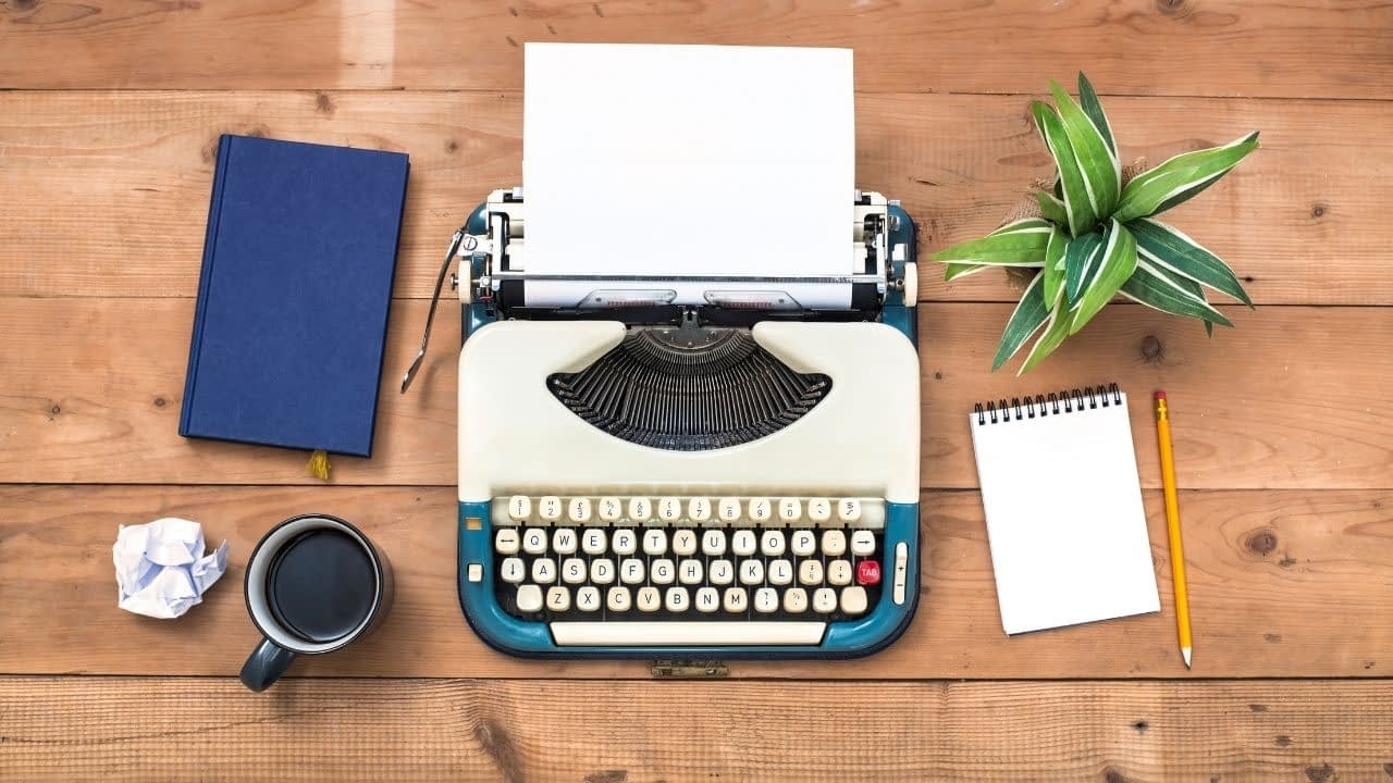 The best content writing services offer high-quality writing by seasoned pros. Many are only available through a subscription, though, so which one is right for your website?