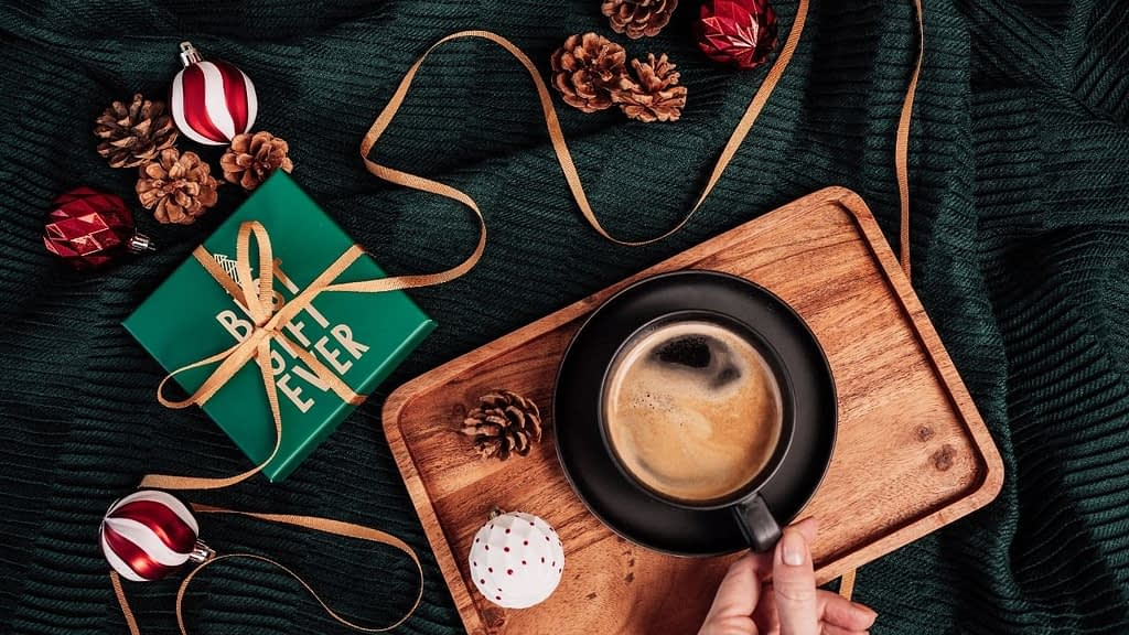 If you are looking for the best coffee gift ideas, these coffee subscription boxes are here for the win. Choose one-time box shipments or recurring. Treat yourself or the coffee lover in your group. Enjoy!