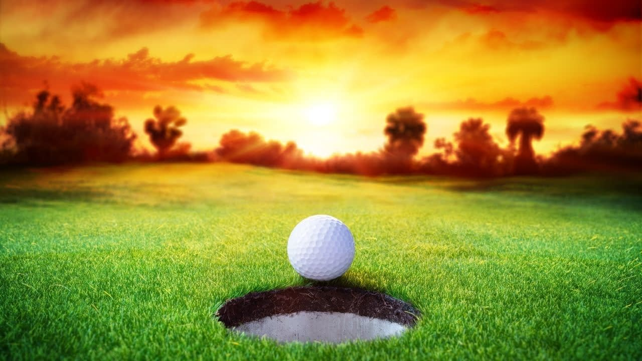 If you talk golf, and are looking to monetize your blog, youtube channel, podcast, or social media channels, this list of golf affiliate programs is for you.