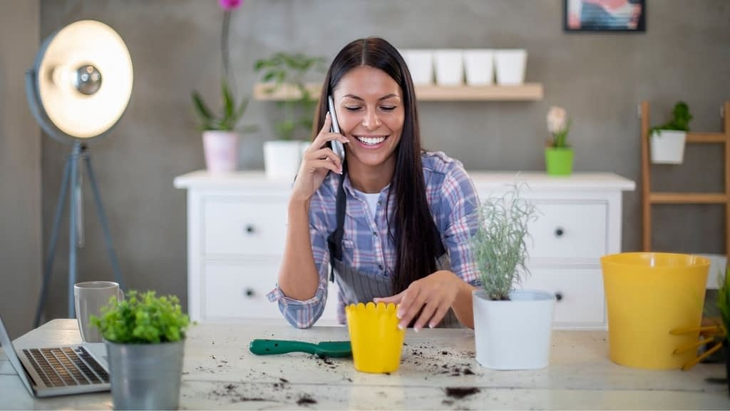 Picking a communication system for personal or business use is more complicated than ever, but there are great alternatives. Click to see the top 15 Google Voice alternatives.