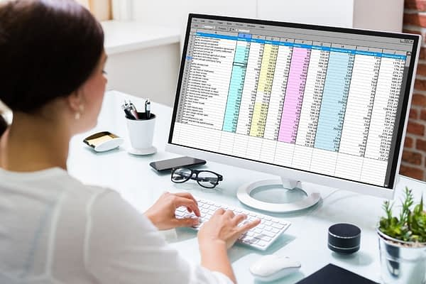 Do you need a project management platform for your business that can handle data like Excel but also let you collaborate in real-time? Smartsheet is a great option! Read this complete review to learn more about Smartsheet features.
