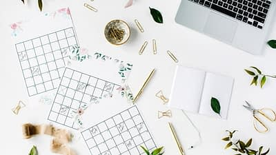 Get ready to start making a passive income by selling printables on Etsy with this easy guide!